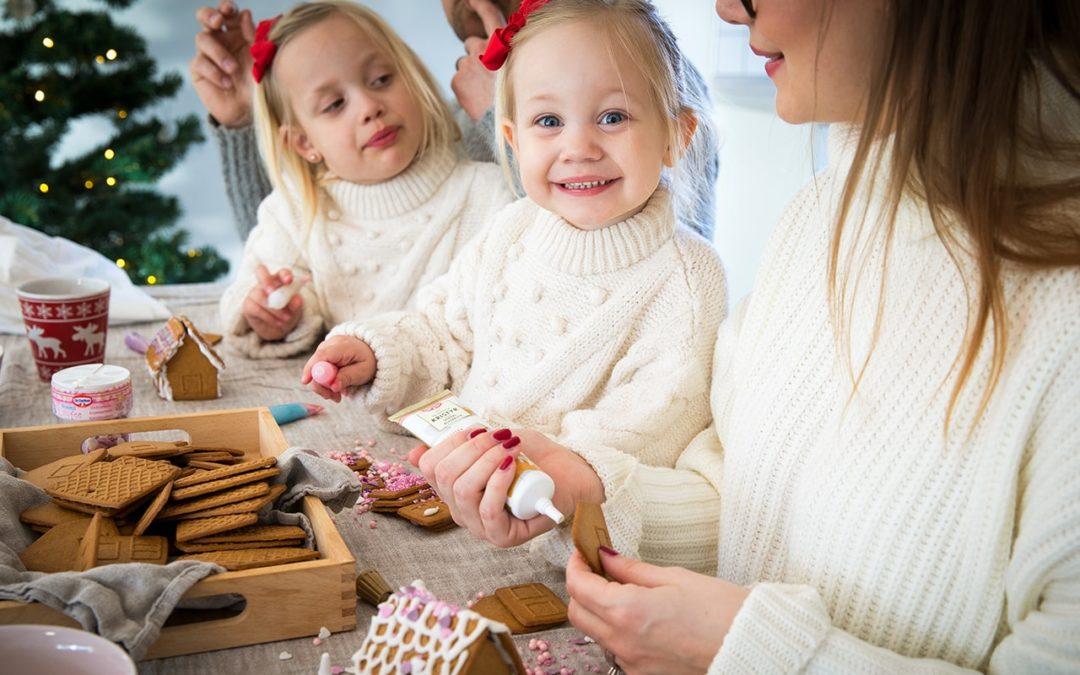 Vem bygger Sveriges finaste Mini pepparkakshus?